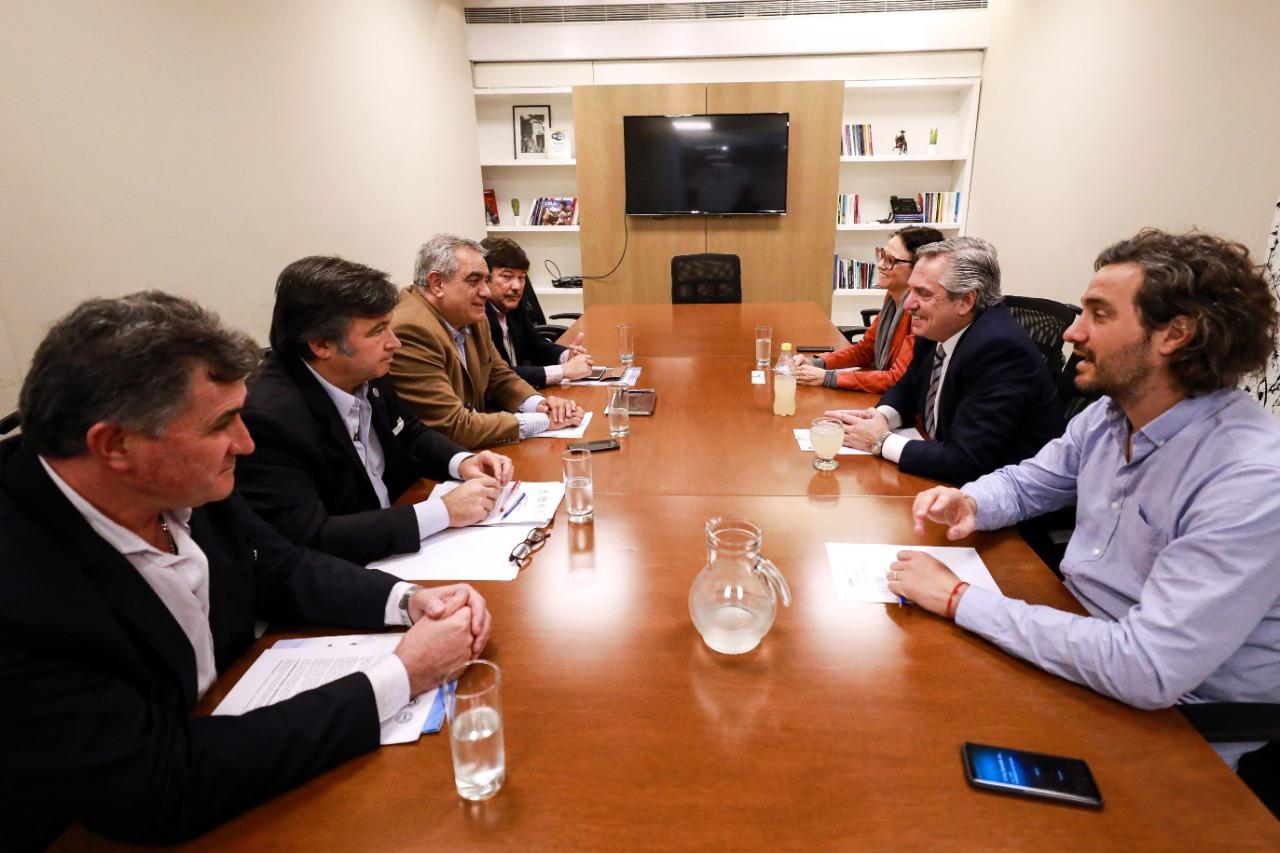 Alberto Fernández recibió a la Mesa de Enlace y pidió «dejar atrás los desencuentros»