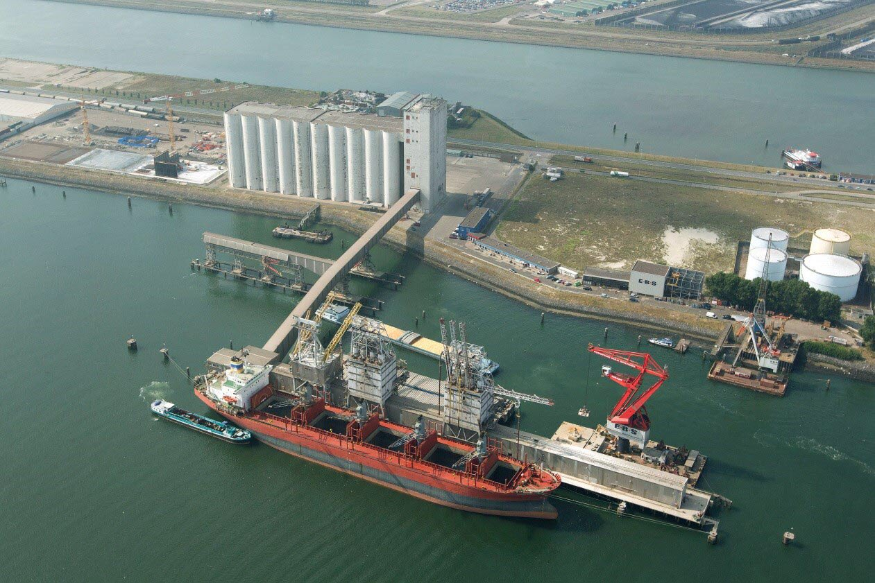 Pérdidas millonarias por la bajante del Paraná y la demora de buques