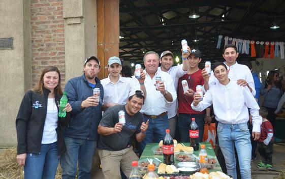 Vaquillonas holando subastadas en La Playosa con máximo de $ 85.000