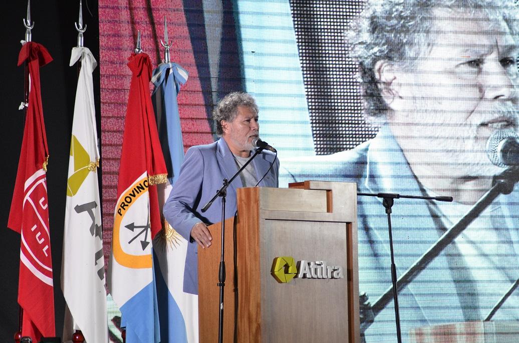 Héctor «Etín» Ponce: «La competitividad no se logra precarizando el trabajo»