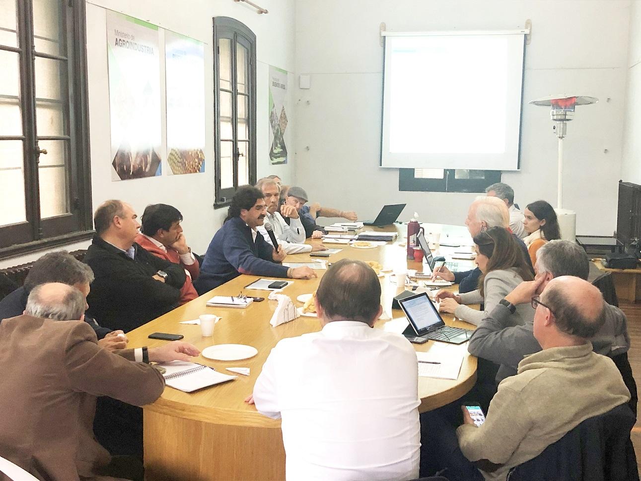 Ultima reunión de la Mesa lechera Bonaerense antes del 27Oct