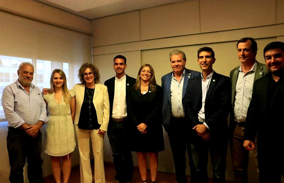 Busso en Córdoba presentó a sus colaboradores en el Ministerio de Agricultura