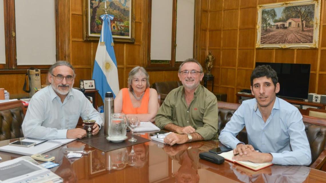 Santa Fe acordó con Nación trabajar sobre «líneas de acción» que incluyen la «lechería»