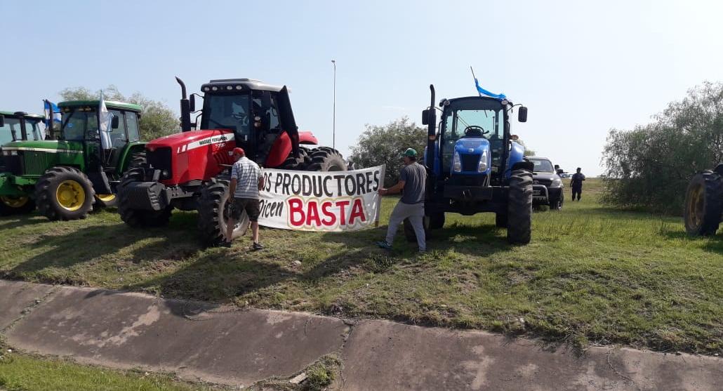 Se realizó tractorazo en Córdoba organizado por Filial local de Federación Agraria
