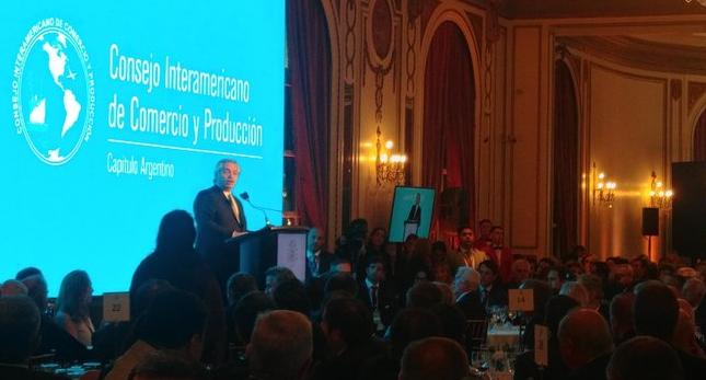 Alberto Fernández promete ser «inflexibe» con suba de precios