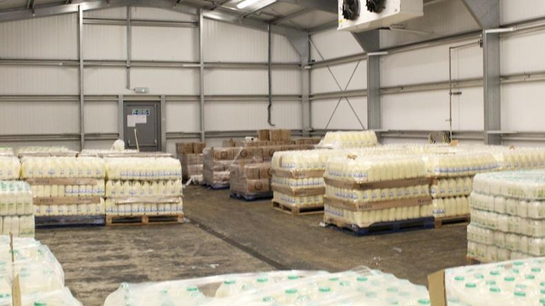En Europa, la industria láctea pide ayuda para almacenar manteca, quesos y leche en polvo