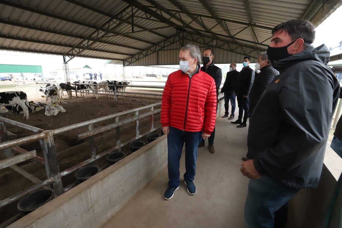 Schiaretti destacó el trabajo que realiza el sector tambero de Córdoba