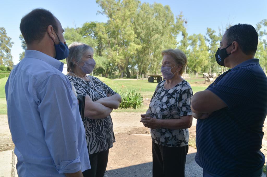 Funcionarios de Agricultura recorrieron establecimientos lecheros en Córdoba y Santa Fe