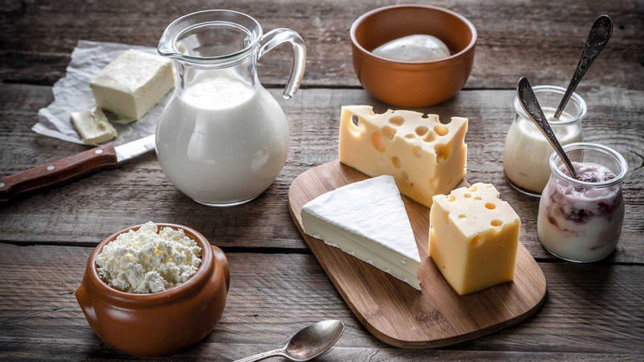 Solo un 14% de los argentinos, consume más de tres porciones de leche diarios
