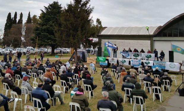 Olavarría: productores reclamaron por las exportaciones y mantienen el estado de alerta y movilización